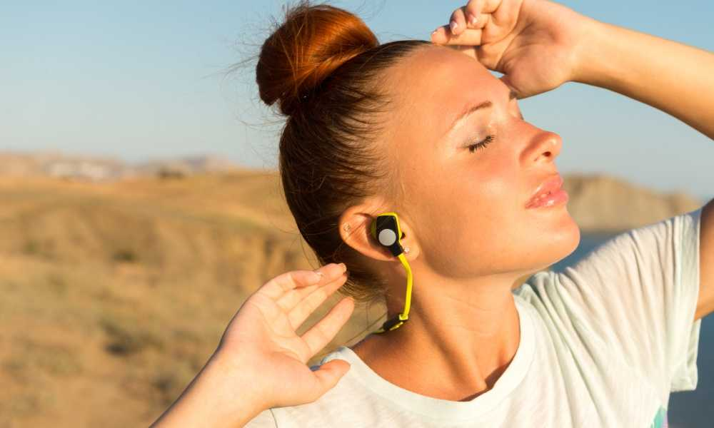 best earphones under rs 2000